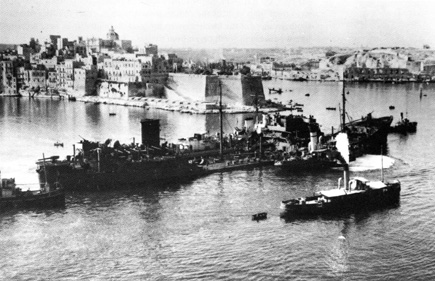 SS Ohio arrives at Grand Harbour, Valletta